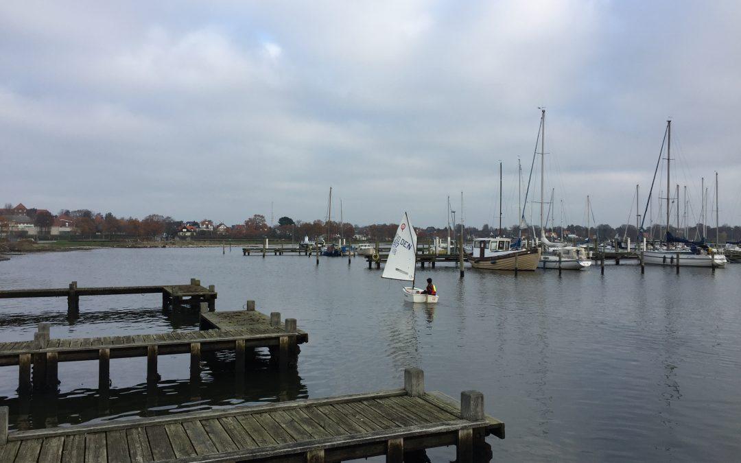 Teori og sjov for nye sejlere